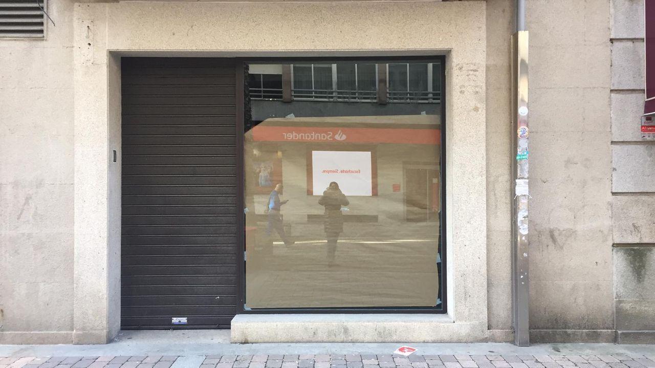 Las imágenes más icónicas de Juan Carlos I en Sanxenxo.Sanxenxo es el séptimo concello gallego con más gallineros censados como el de Danilo, en Altín