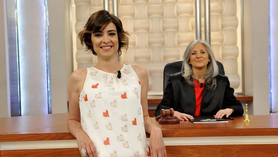 Todas las imágenes de la visita de los Reyes a Mediaset.La 1 mantiene la tertulia matinal de mujeres que arrancó en verano.
