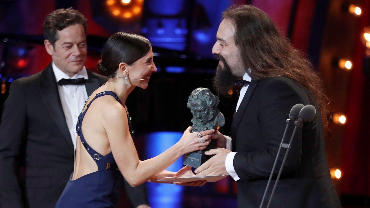 El técnico de efectos especiales David Heras tras recibir el premio a los Mejores Efectos especiales por «Handia»