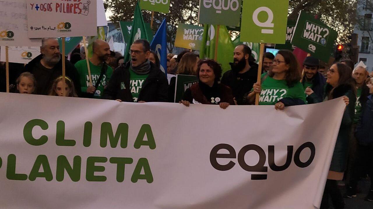 Miembros de Equo, en la movilización por el clima en Madrid