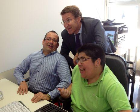 Núñez Feijoo saludó a varios usuarios de Aspace