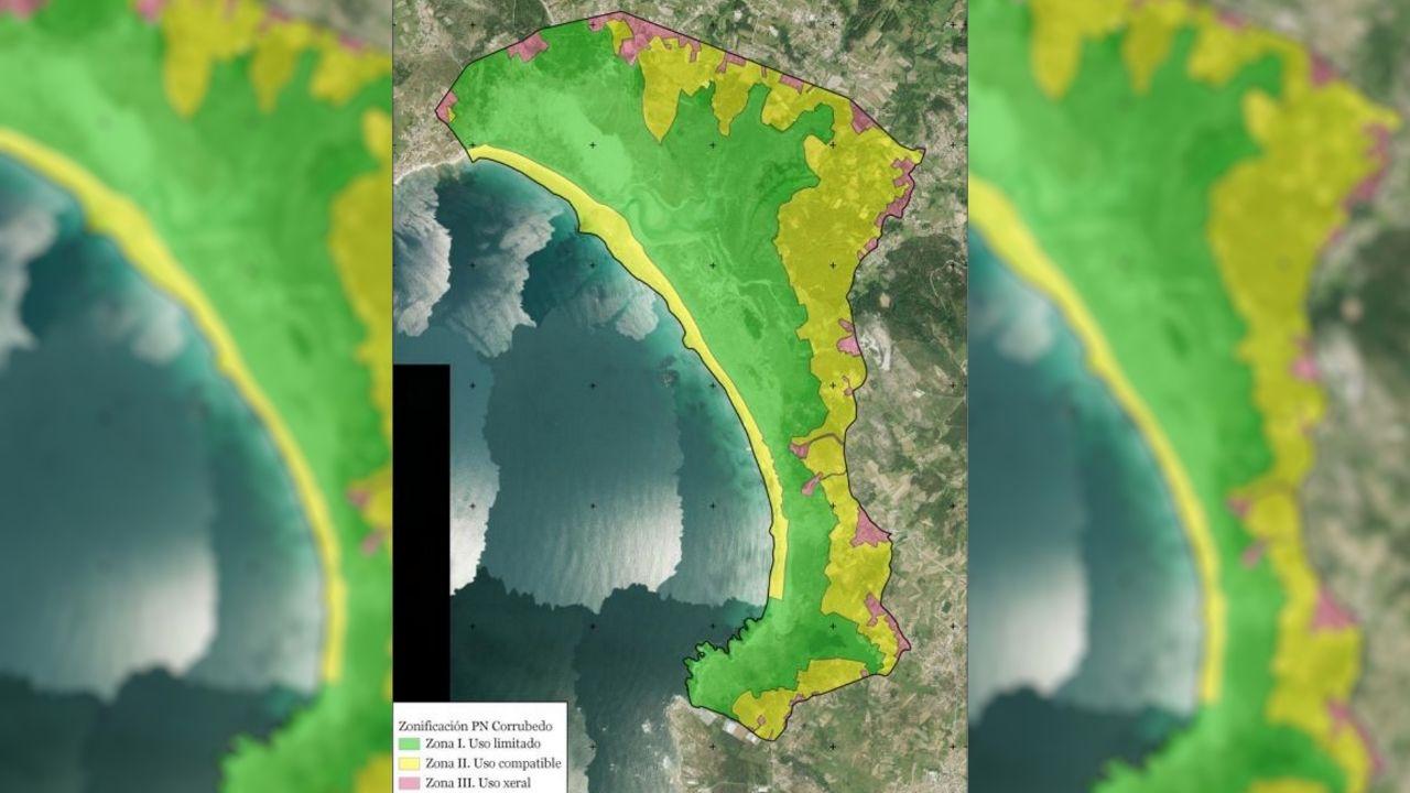 Mapa de las tres zonas en las que divide el PRUX el parque natural de Corrubedo