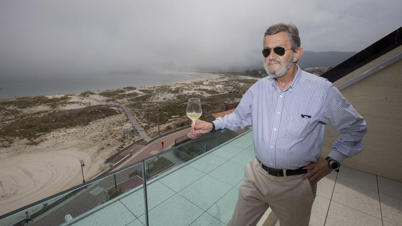 La Costa da Morte se prepara para acoger el Gran Fondo Ézaro: ¡las imágenes!.Ramón Villares, retratado en Bonaval