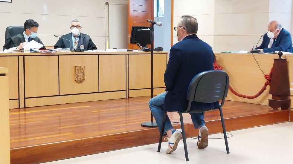 Uno de los atracos de la banda del Seat León.En una imagen de archivo, sede de los juzgados de Santiago, en la que se encuentra la sección sexta de la Audiencia Provincial