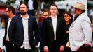 El director Justin Kurzel, el actor Caleb Landry Jones y el productor Nick Batzias, a su llegada a la proyección en Cannes del filme «Nitram».