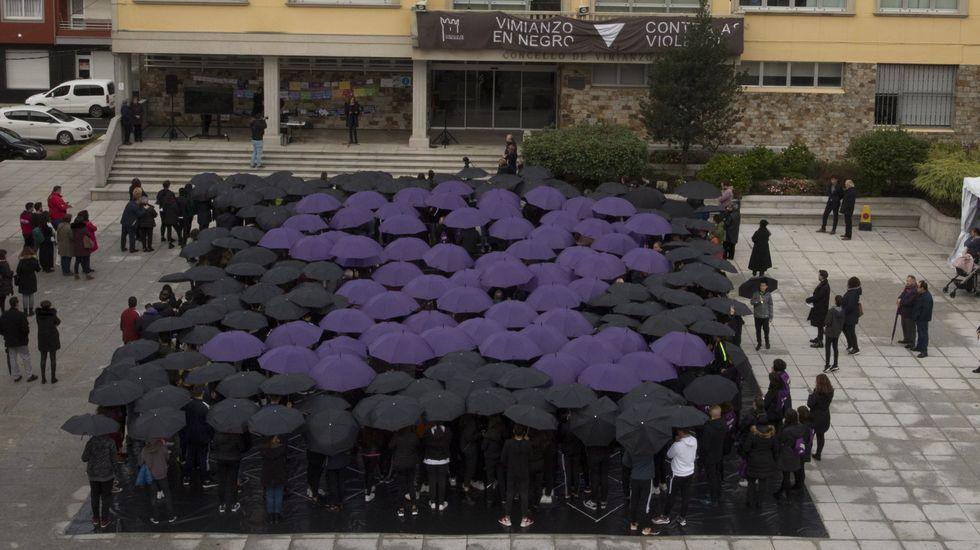 Concentración en Vimianzo contra la violencia de género