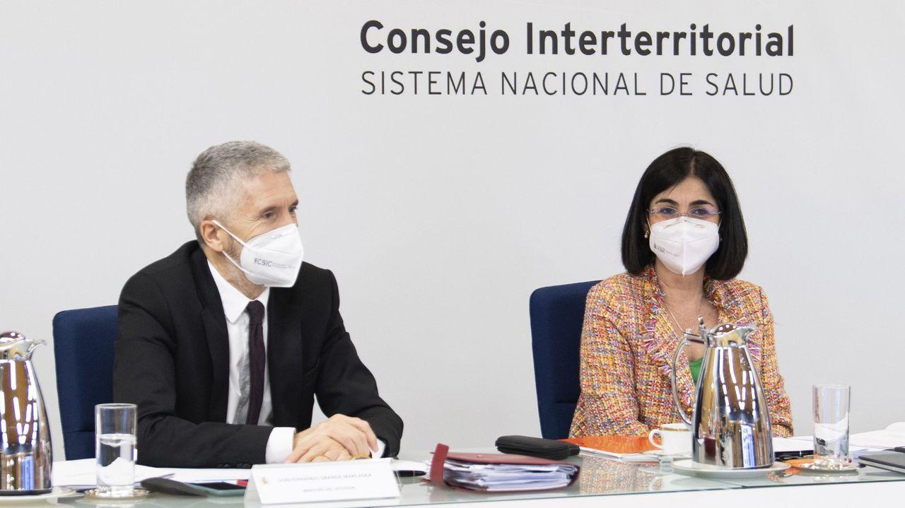 Comparecen Carolina Darias y Fernando Grande-Marlaska tras el Consejo Interterritorial.Fotografía de archivo de la campaña de vacunación en Barbanza