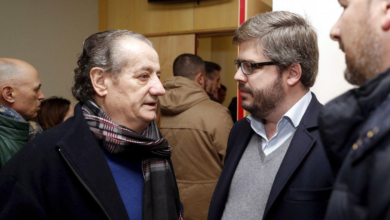 mayores, ancianos, asturianos, personas mayores, abuelos.Fran Hervías (c), y Nicanor García (i)