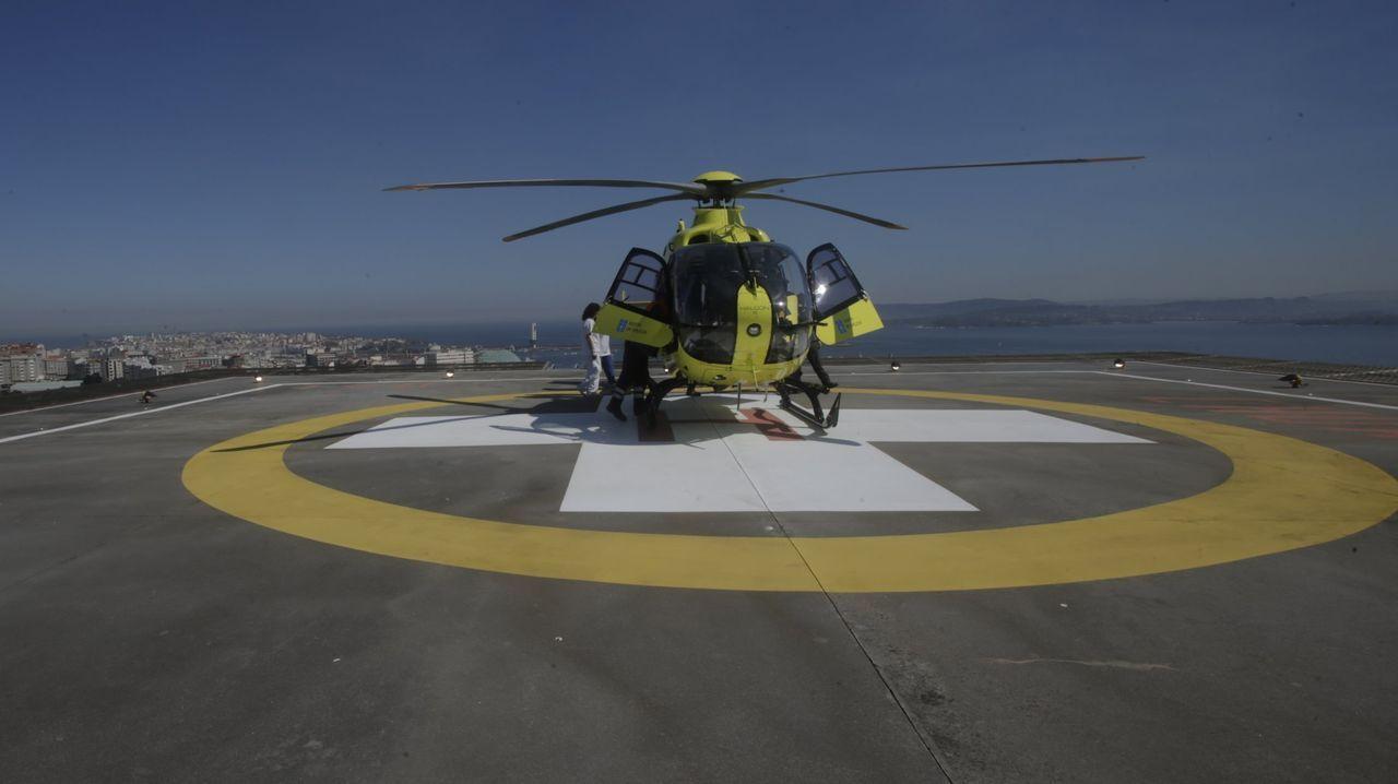 El joven fue trasladado en helicóptero al complejo hospitalario de A Coruña
