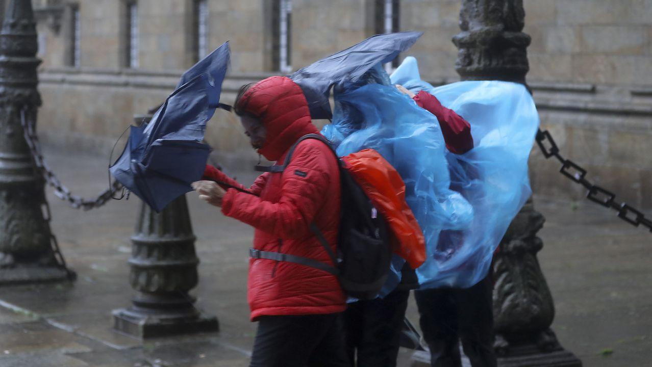 Alerta naranja en el oeste de A Coruña y A Mariña por fuertes vientos de hasta 100 km/h.La bajada de precios ha hecho que algunos medicamentos escaseen porque a los laboratorios no les compensa fabricarlos