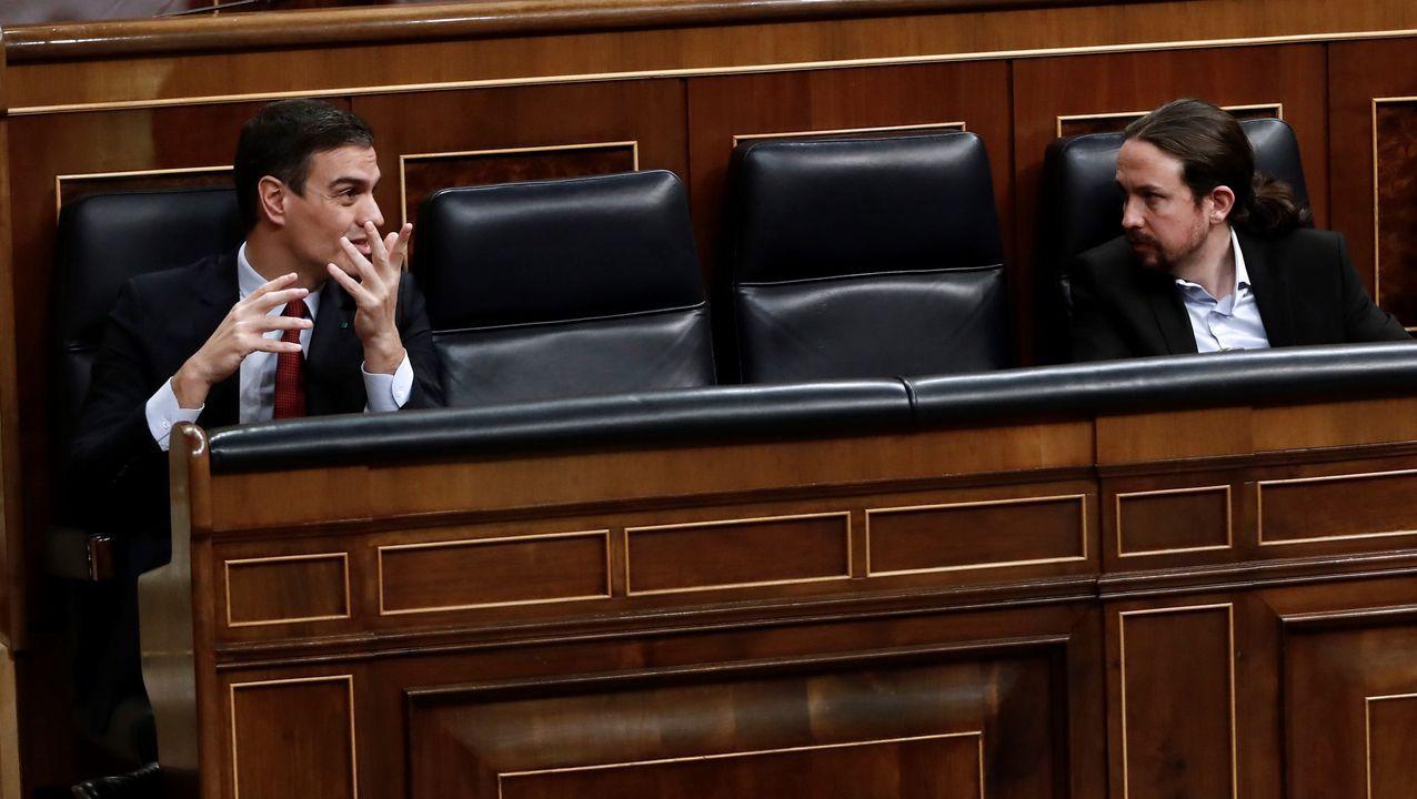 Actos multitudinarios en Madrid en los días de más contagios.Pedro Sánchez y Pablo Iglesias, en el pleno del Congreso que aprobó la prorroga del estado de alarma