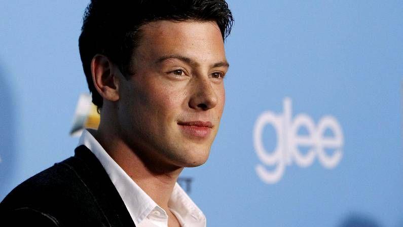 El actor de Glee aconseja a una fan que siga el buen camino