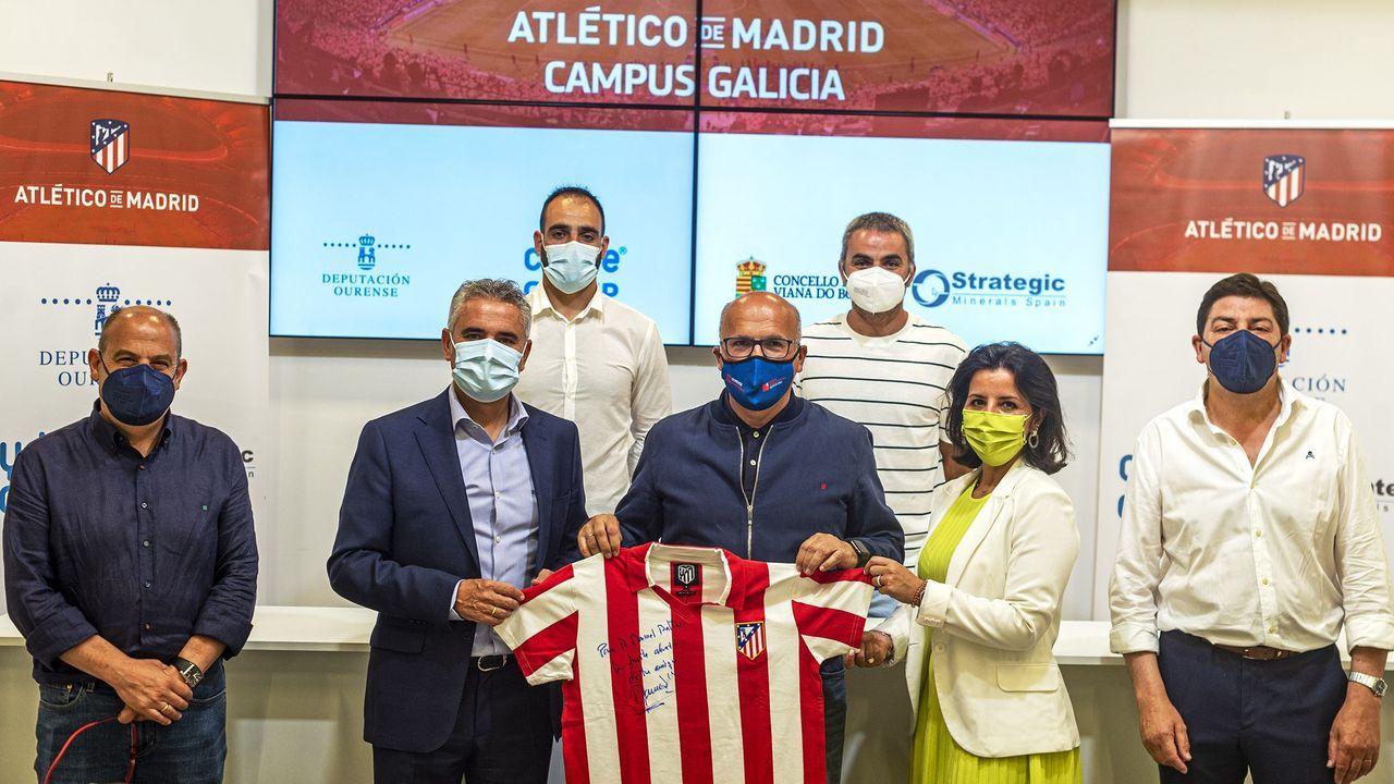 Manolo Sánchez, todo un pichichi de La Liga, fue el invitado para la presentación del campamento colchonero