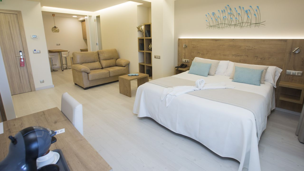 O hotel O Náutico de Laxe será uno de los primeros en reabrir sus puertas este viernes