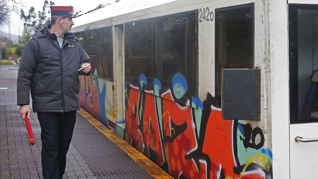 pasajero, autobús, bus, Asturias.Factor de Circulación en la estación de San Sadurniño