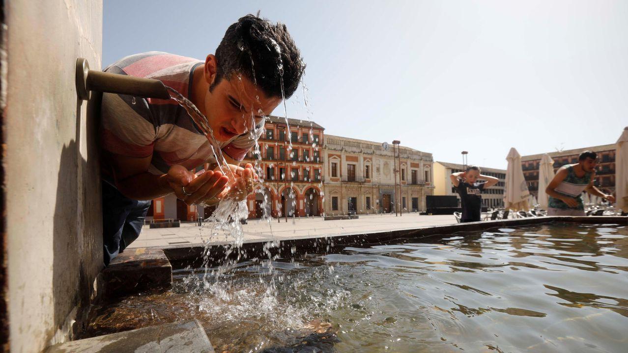 Las impactantes imágenes de la riada de Ourense.Oviedo en un día de lluvia