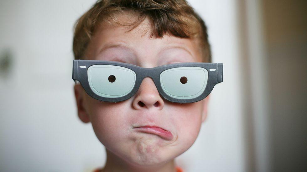 Con las gafas de cortos de vista, los niños solo verán su minimundo