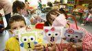 Los alumnos de infantil aprenden cálculo y operaciones matemáticas a base de juegos