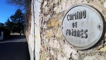Calle de Somió en la que vivía Juan Fombona el joven que falleció atropellado.Calle de Somió en la que vivía Juan Fombona el joven que falleció atropellado