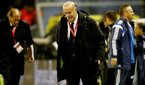 Vicente del Bosque salió contento con la actuación de los nuevos y no quiso valorar el debut de Nolito en la selección.