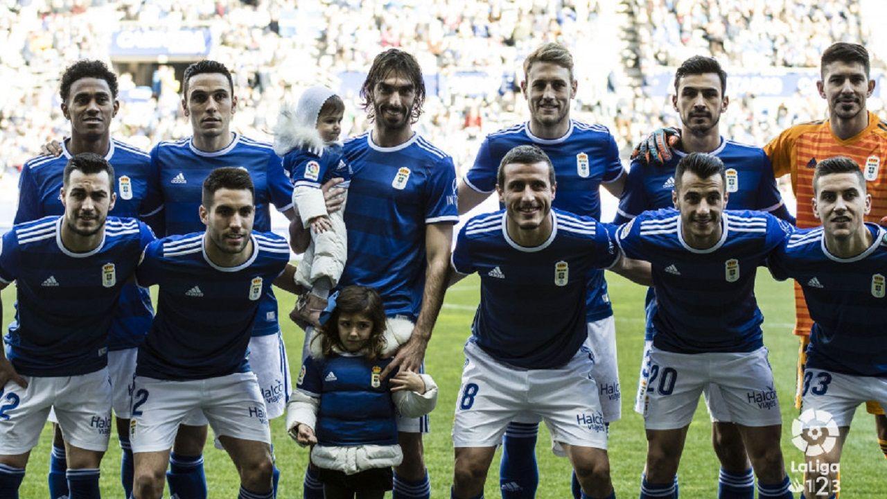 Alineación del Real Oviedo ante el Cádiz