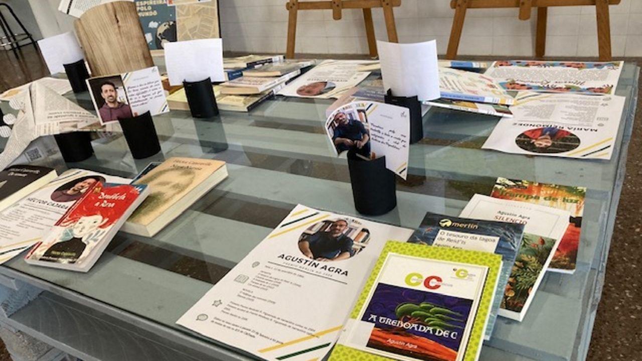 Así celebró Ourense el Día del Libro.La exposicion de Amnistía Internacional «Mulleres en Loita» sigue en O Vello Cárcere hasta el día 2