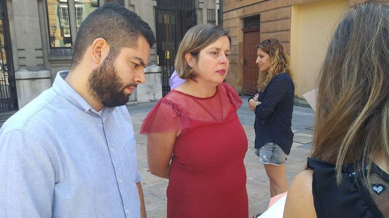 Los estudiantes de Vigo salen a la calle contra el cambio climático.Rubén Rosón, Ana Taboada y Anabel Santiago
