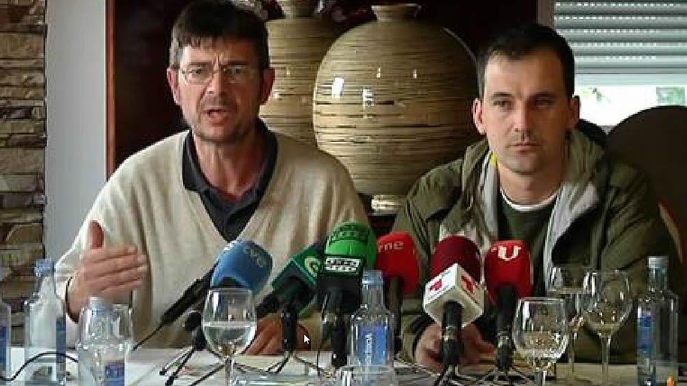 <span lang= gl >«Aquí nos atoparán os que incumpran o acordo»</span>.Las instalaciones de Central Lechera Asturiana
