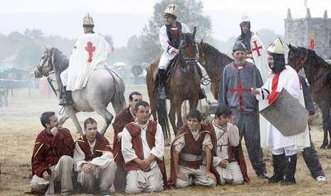 En la batalla de A Saínza el bando perdedor aguantó el doble castigo de la derrota y la lluvia, que caía con fuerza.
