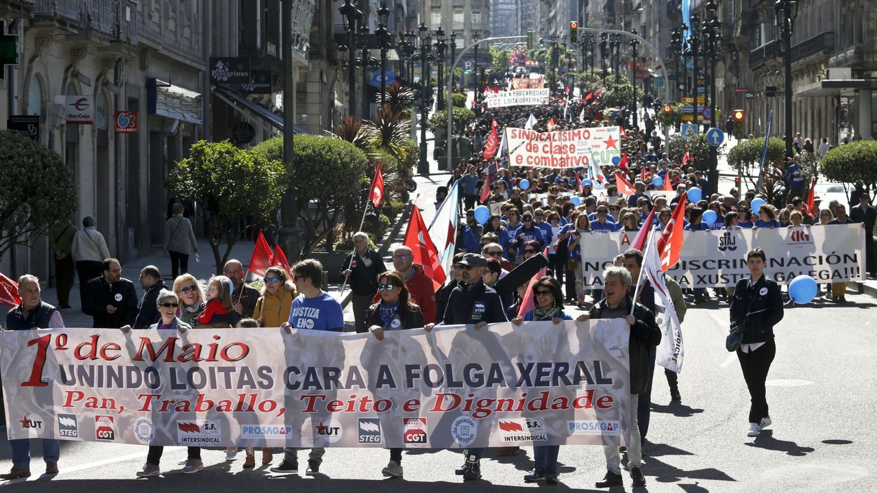 Manifestación en Vigo durante la celebración del Día del Trabajo