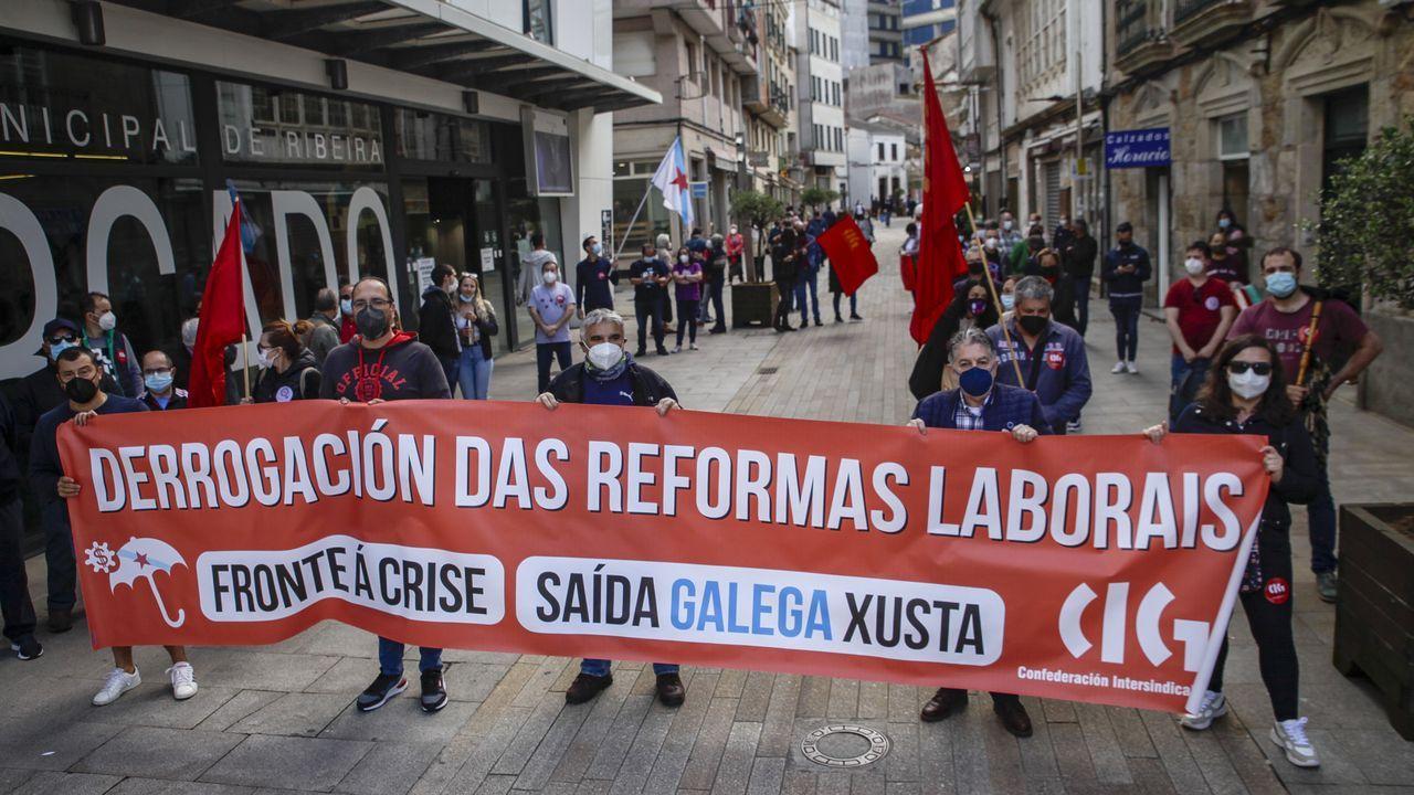 ¡Mira aquí las fotos de la concentración del Primero de Mayo en Ribeira!.Cabecera de la manifestación del Primero de Mayo, este sábado en Madrid