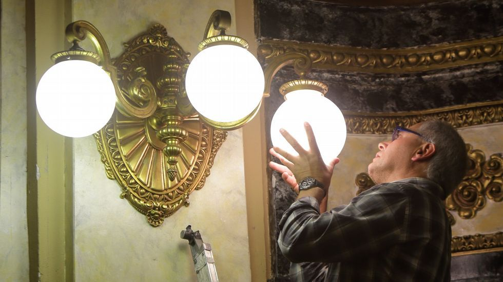 La luz, más cara mañana.Imagen de archivo del Tribunal Supremo