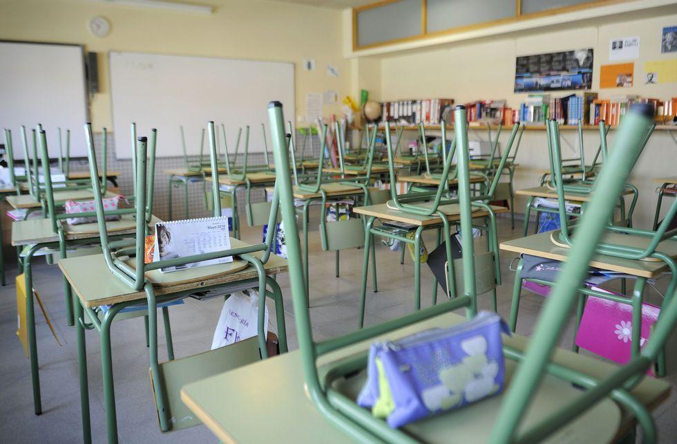 Protesta contra los recortes de la concertada.En el colegio Manuel Rivero de Lalín el aula de sexto quedó completamente vacía.