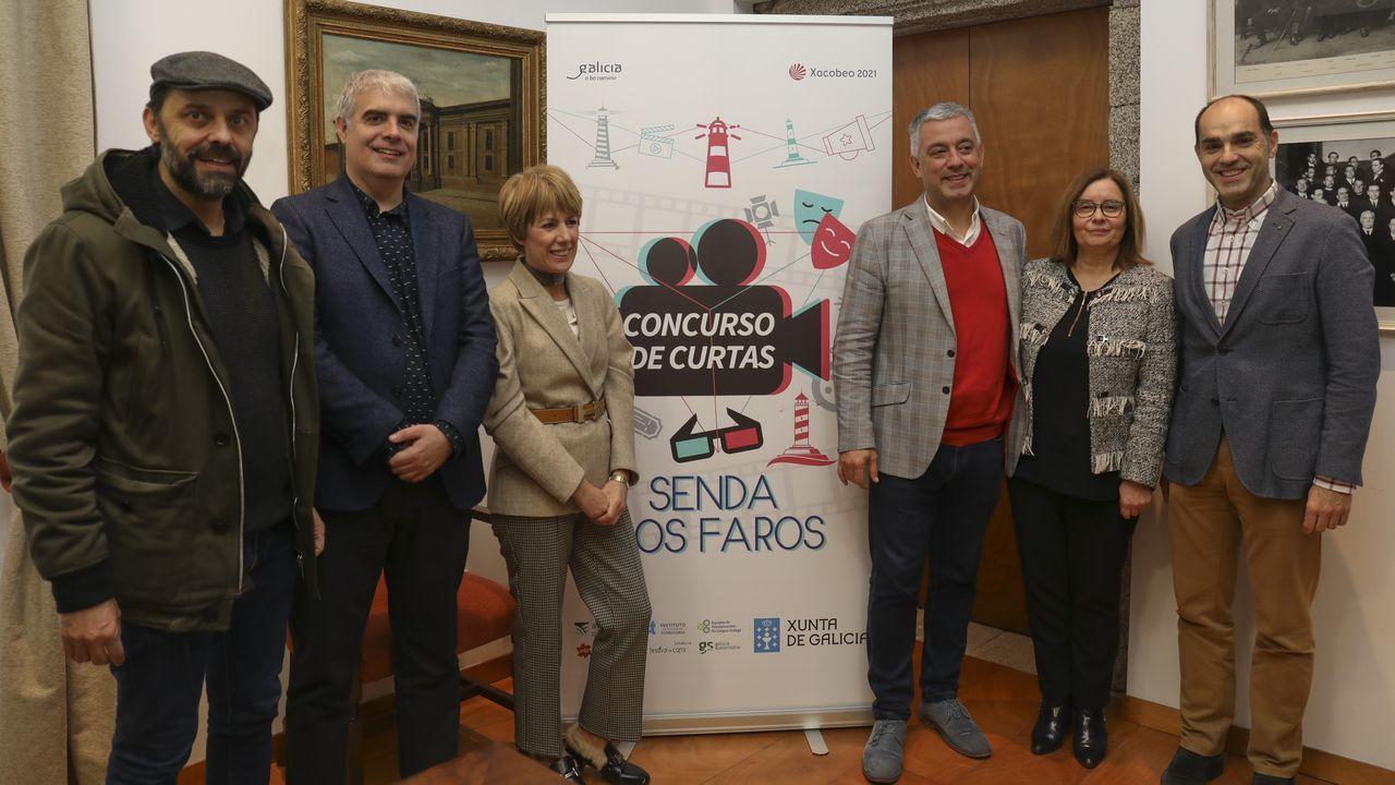 As consellerías de Cultura e Educación promoven o concurso, que se presentou onte en Santiago