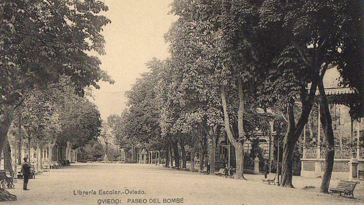 El paseo del Bombé con el quiosco de De la Guardia en 1902, unos doce años después de su inauguración