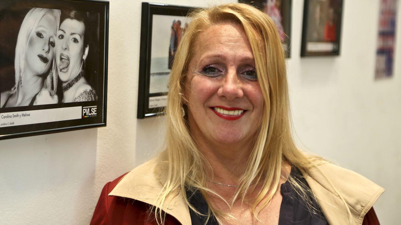 Exposición de fotossobre la historia de las transexuales en Vigo.Ángela Molina recogerá el próximo 6 de marzo el Goya de honor 2021. En la imagen, tras recibir el Premio Nacional de Cinematografía, en San Sebastián, en el 2016