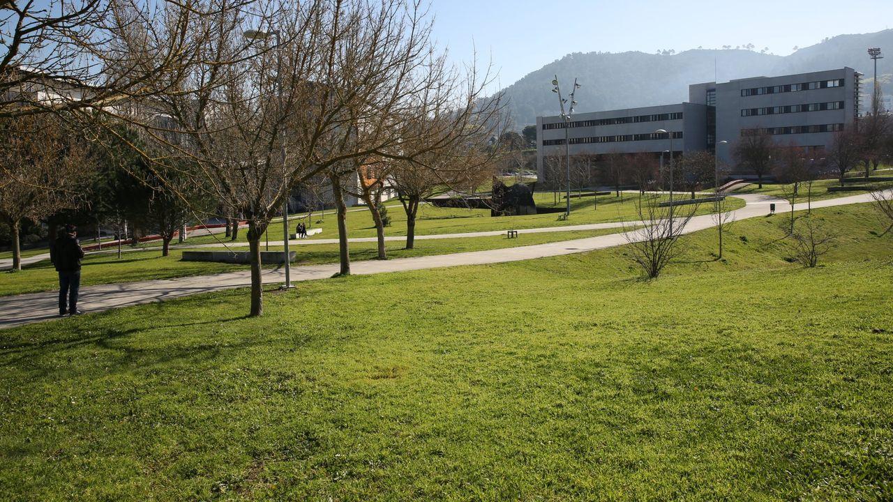 Actualmente Riobóo hace prácticas como trabajador social en el hospital materno infantil de A Coruña