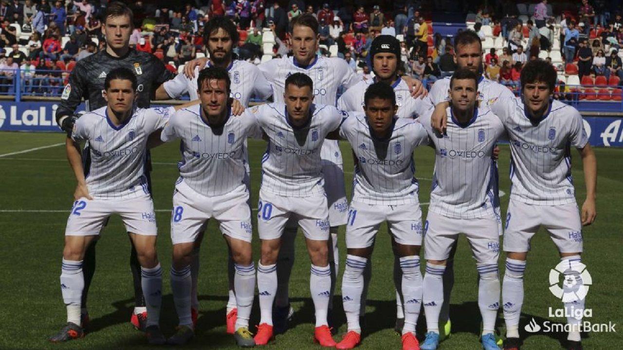 Alineacion Real Oviedo Extremadura Francisco de la Hera.Alineación del Real Oviedo ante el Extremadura