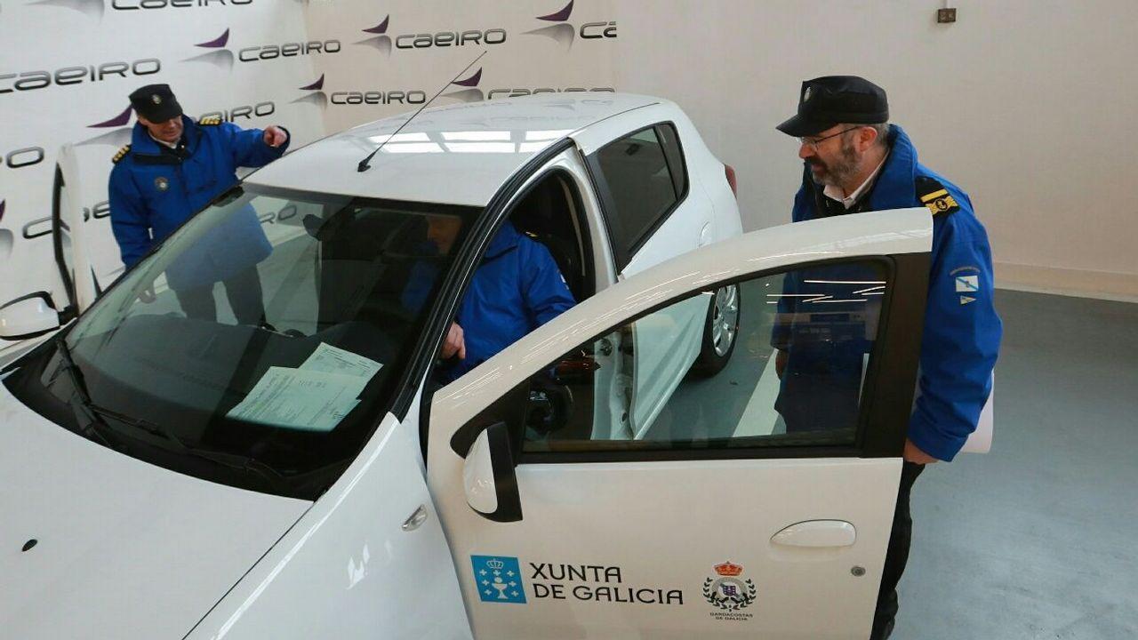 El servicio de Guardacostas renueva seis vehículos para la lucha contra el furtivismo.