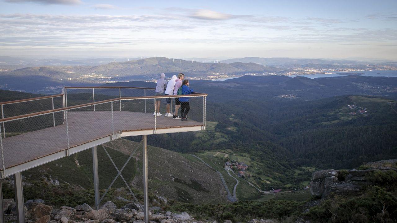 Mirador del pico Muralla, entre Lousame y Rianxo