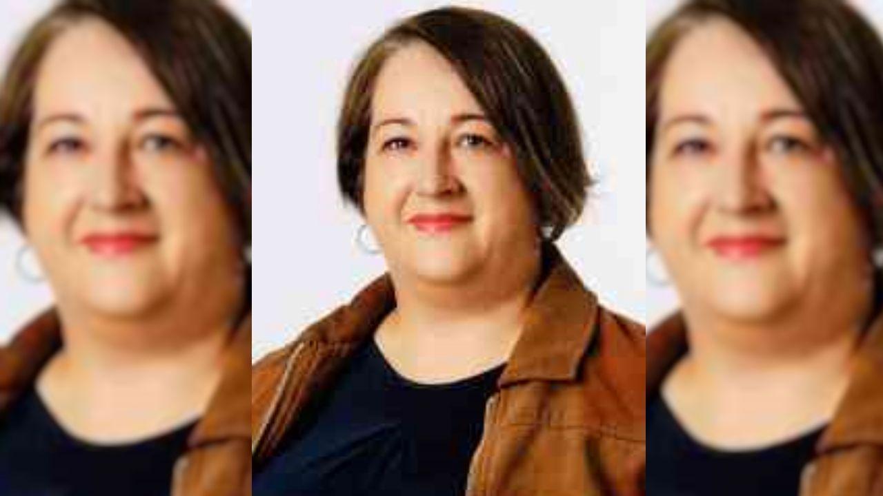 <span lang= gl >¡Mira aquí as fotos da gala de Olloboi en Boiro!</span>.Beatriz González, concelleira do PSOE de Lousame