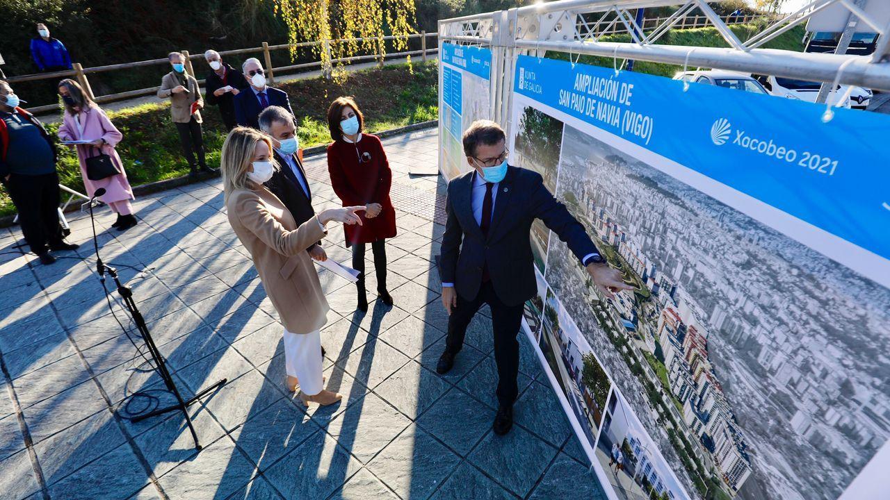 Feijoo visita la nueva ampliación del barrio vigués de Navia