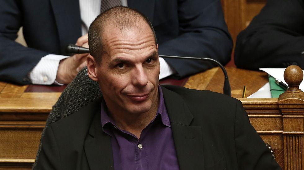 «Vía V» Entrevista a Alberto Garzón.Yanis Varoufakis, en la sesión de ayer en el Parlamento