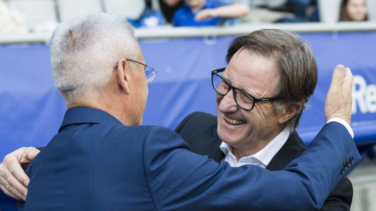 Anquela Fabri Real Oviedo Lorca Carlos Tartiere.Anquela y Fabri se saludan antes del encuentro