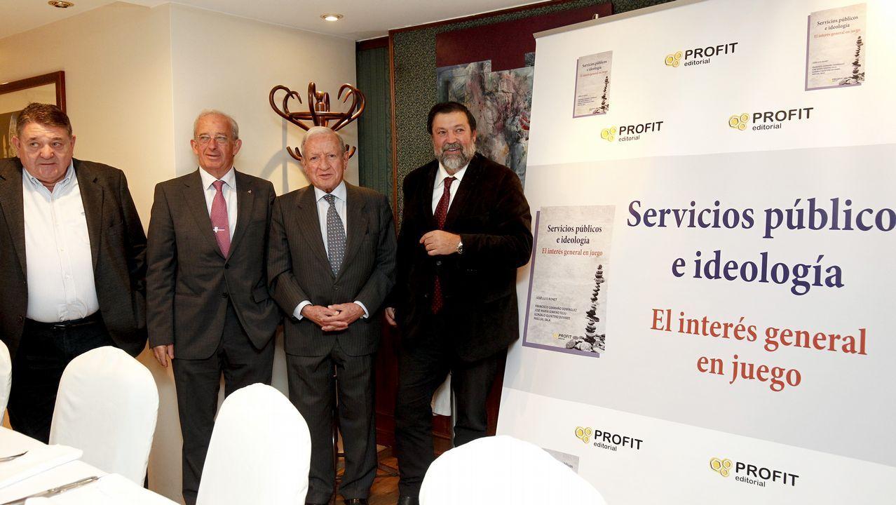 María Emilia Casas recibe en La Voz de Galicia el Premio Fernández Latorre