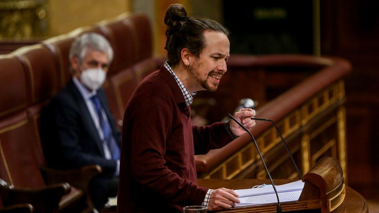 Pablo Iglesias, este domingo, a su llegada al Congreso