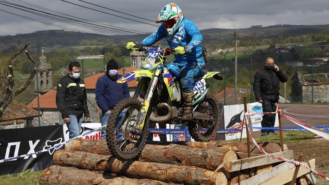 El enduro de Piñor abre la liga gallega de moto de campo.Cata promocional de los vinos de Ribeira Sacra en el Parador de Turismo de Monforte