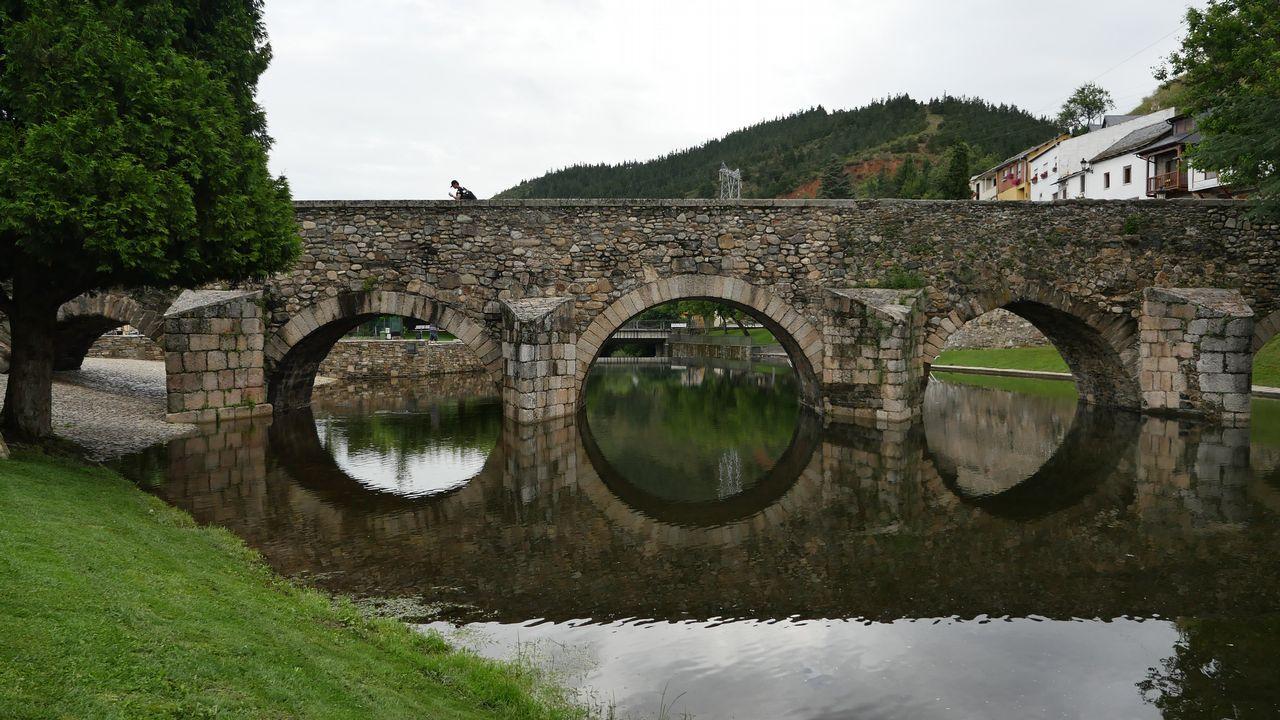 Uno de los puentes del Camino en el tramo entre Foncebadón y Villafranca del Bierzo