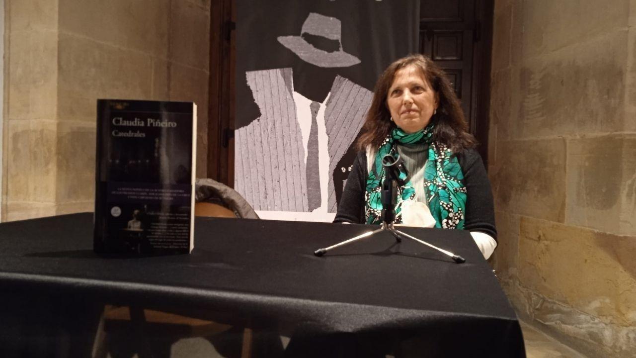 Claudia Piñeiro en la presentación de su novela en la Semana Negra