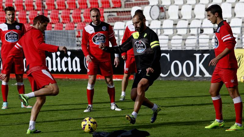 Lolo Plá, en un lance del encuentro del pasado sábado contra el Girona.